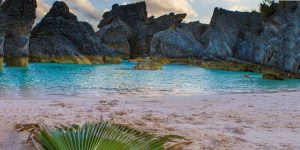 How do you choose the best Bermuda beach to soak up the sun? From sea glass to pink sand beaches, we lay out our top choices for the best beaches in Bermuda