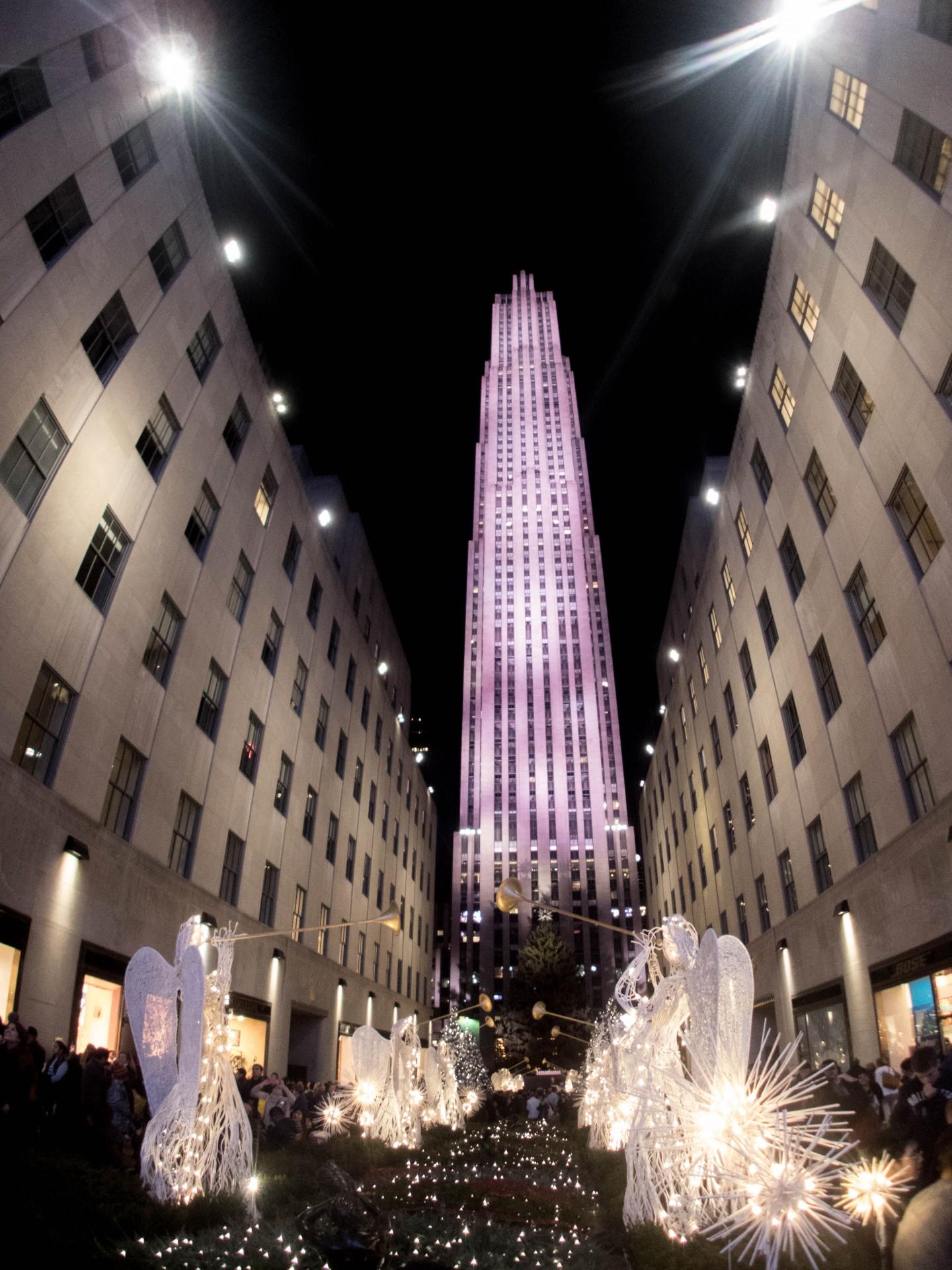 Manhattan does Christmas big - 30 Rock