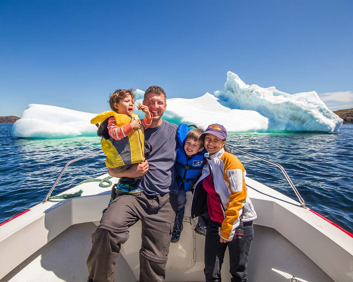 Wandering Wagars on Twillingate Iceberg Tours in Newfoundland