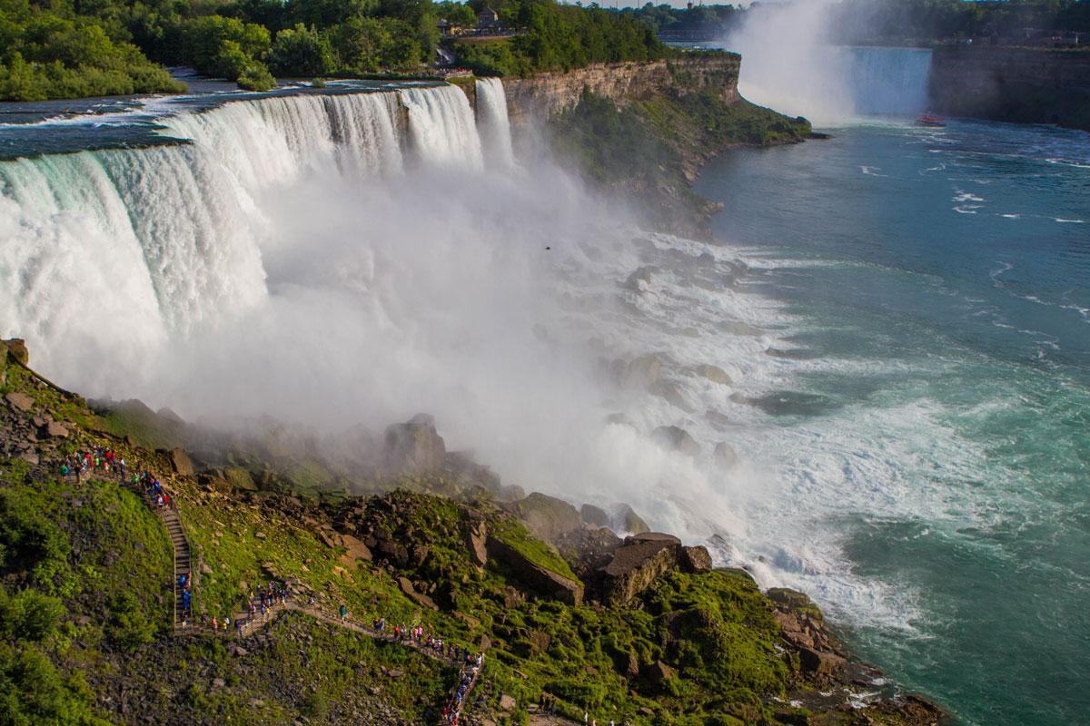 Hikers make their way up to the Crows Nest viewpoint in Niagara Falls, New York - Exploring Niagara Falls