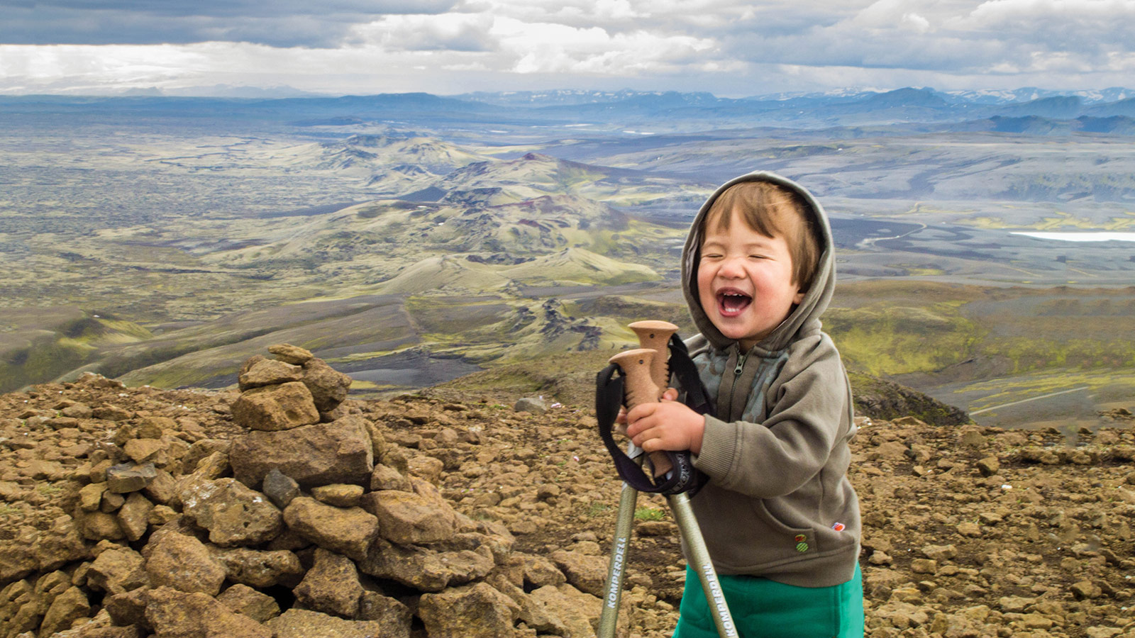 Hiking in Iceland is one of the most unforgettable experiences in the world. But families shouldn't be left out! Gere are the best hikes in Iceland for kids