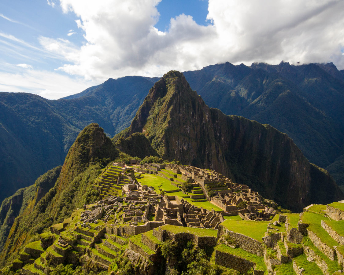 Machyu Picchu for kids - Machu Picchu Sanctuary from the first viewpoint.
