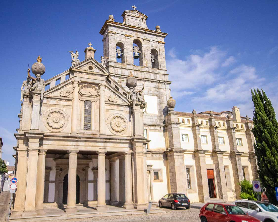 Day trip to Evora Church of Our Lady of Grace