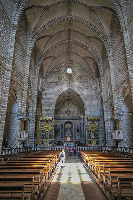 What to do in Evora Portugal Church of St. Francis