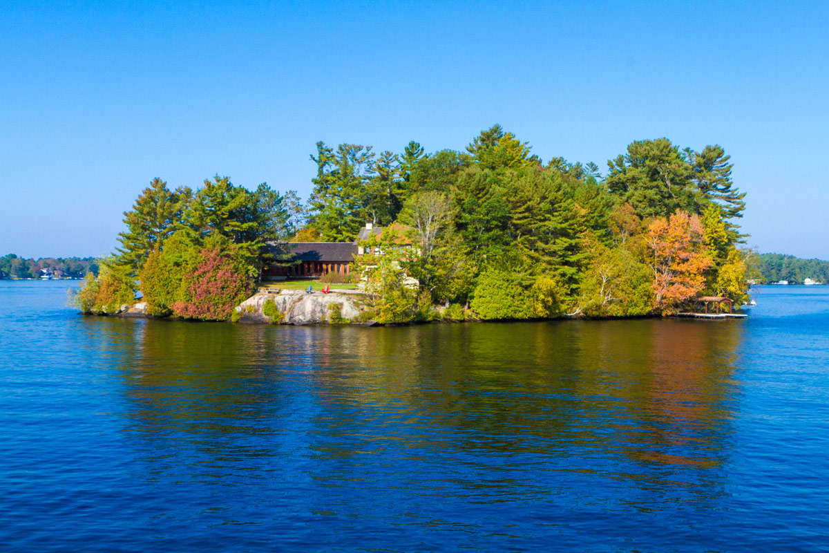Fall colors of the Lake Muskoka Steamships cruise in Gravenhurst Ontario