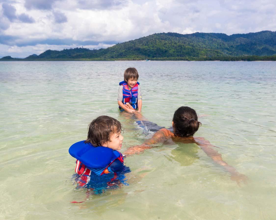 Boys playing in El Nido Palawan with kids
