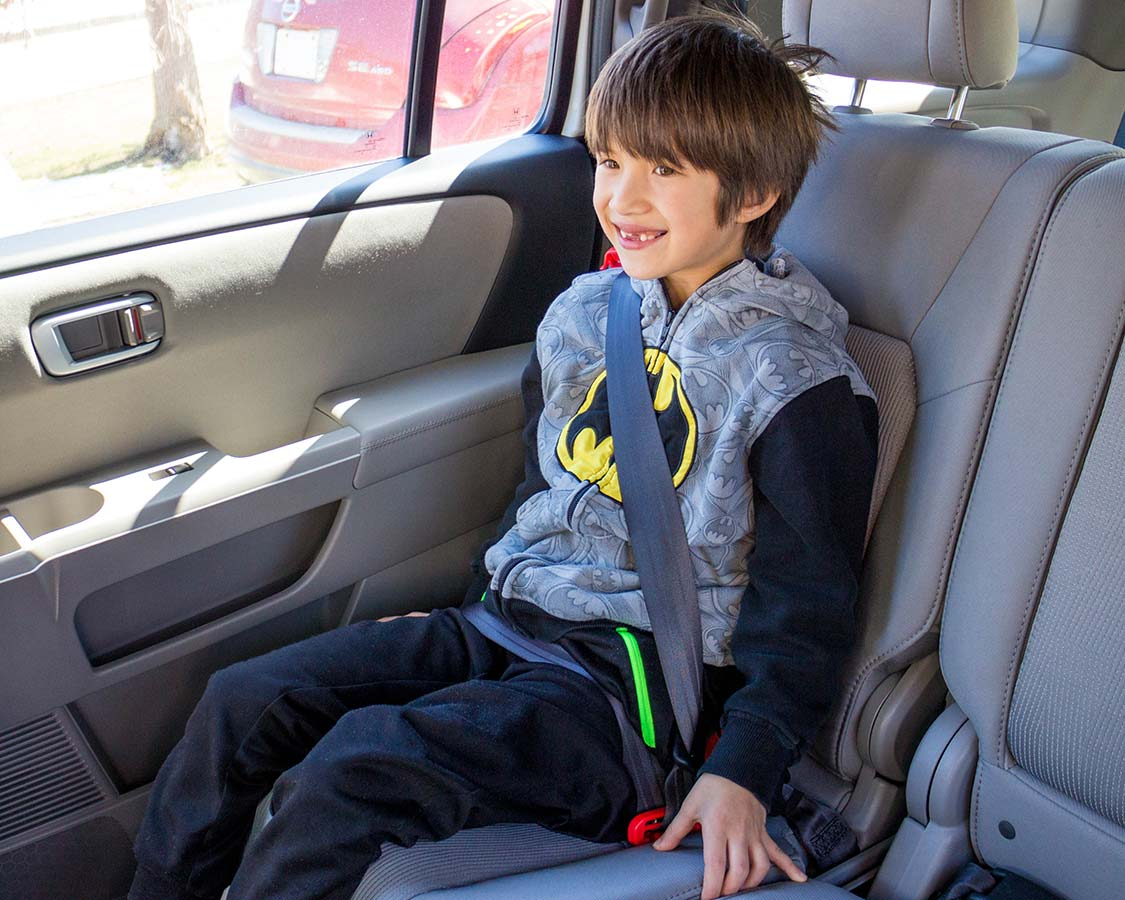 MiFold toddler car seat review Buckle Side