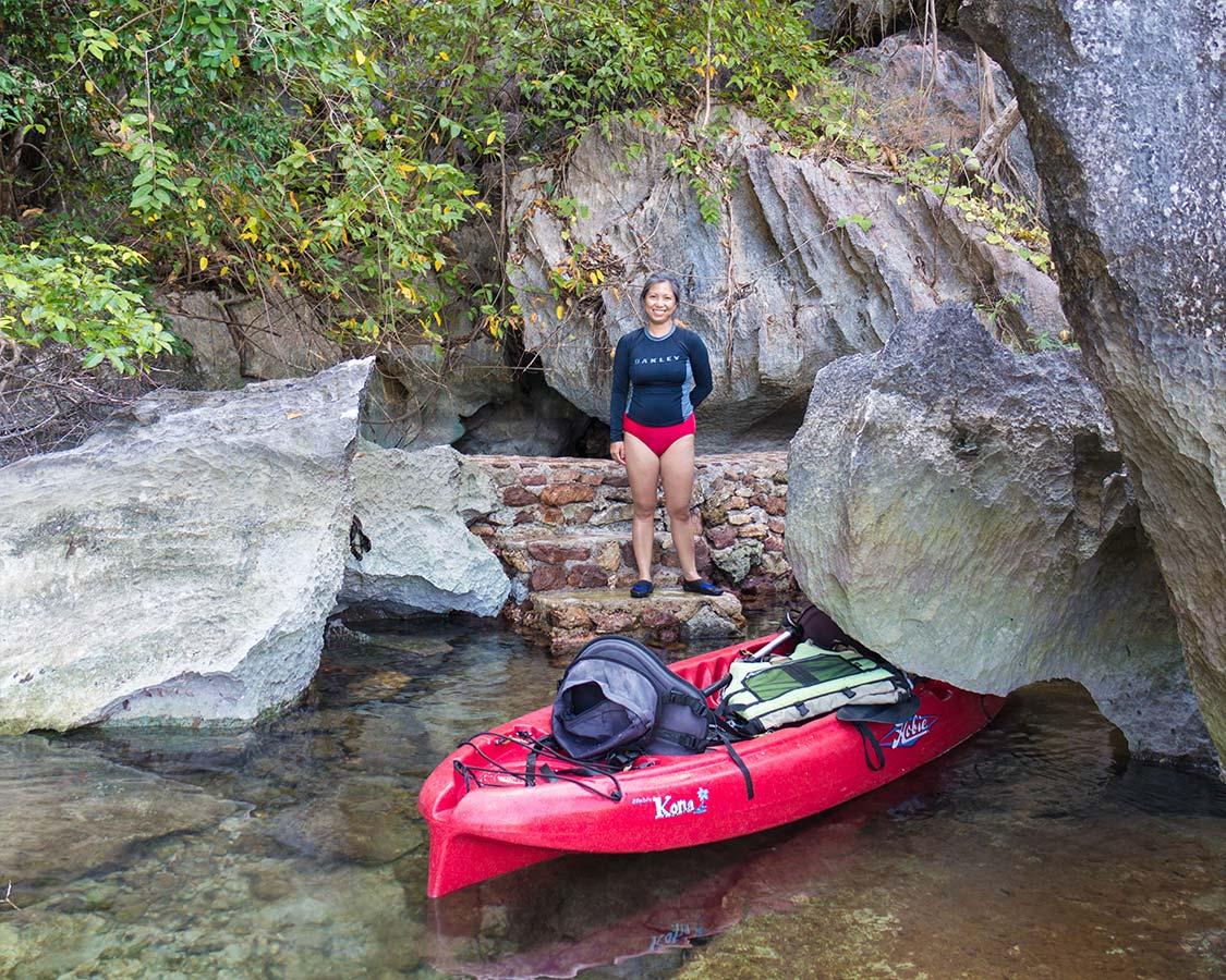 Kayaking to the Sangat Island Hotsprings