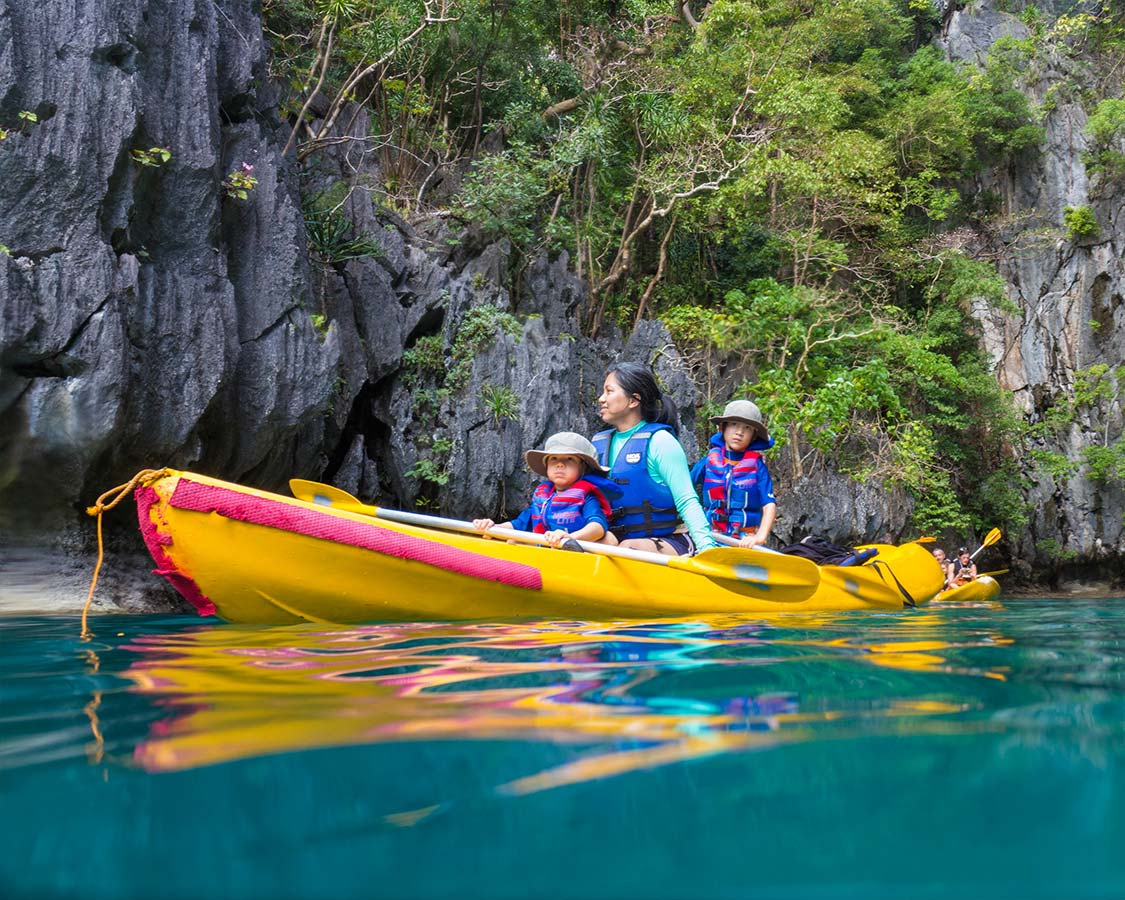 things to do in palawan kayak hidden lagoon el nido