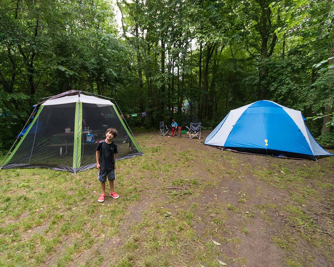 Choosing a campsite for family camping