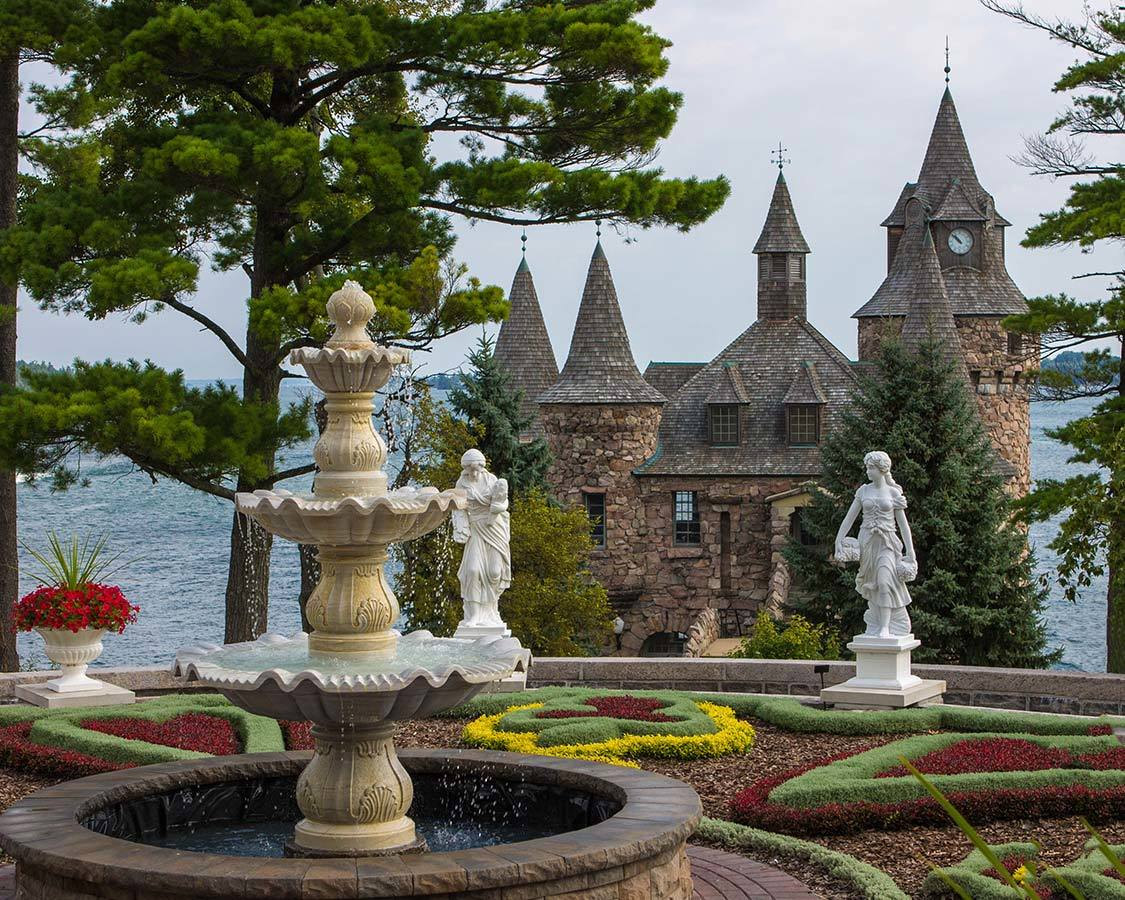 Thousand Islands Castles on the Toronto to Quebec City drive