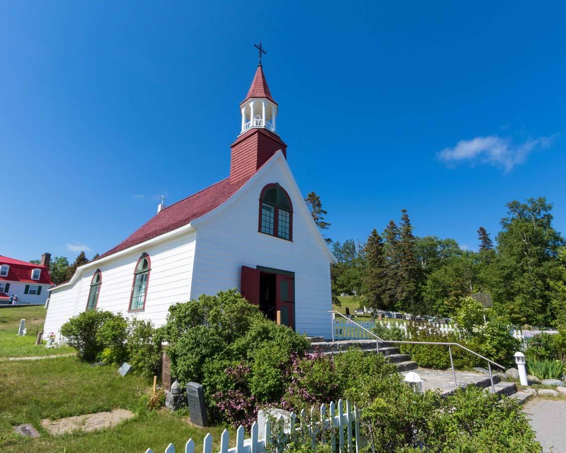 Chapelle de Tadoussac Whale Route