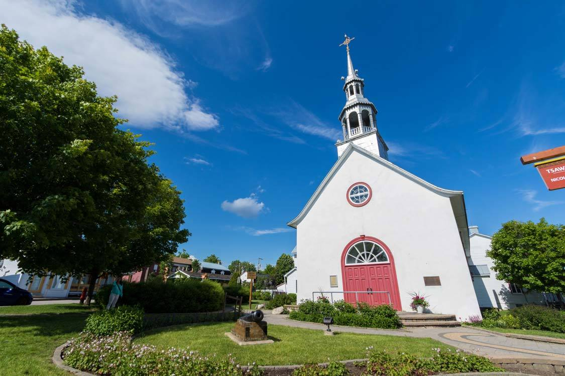 Notre-Dame-de-Lorette-Mission-in-Wendake-things-to-do