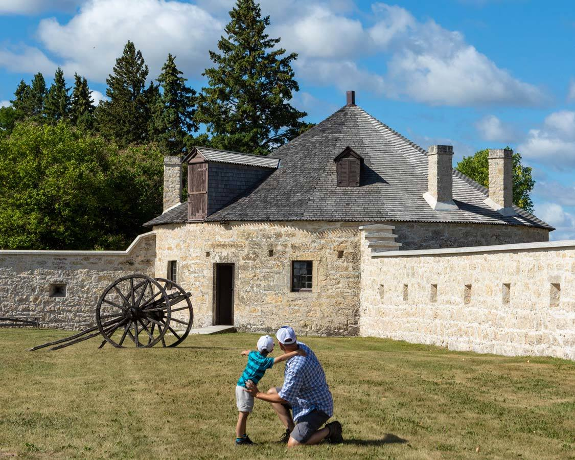 Lower Fort Garry National Historic Site What To Do In Winnipeg Manitoba