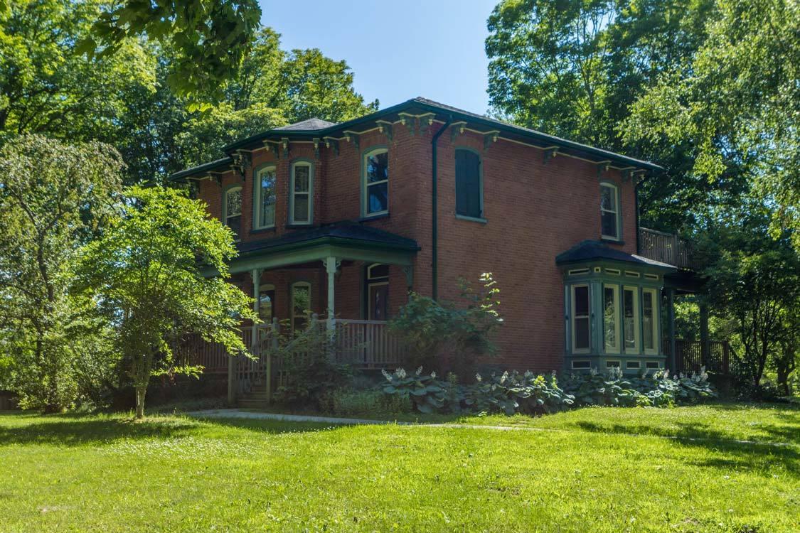 Maplerest Heritage House Sandbanks roofed accommodations