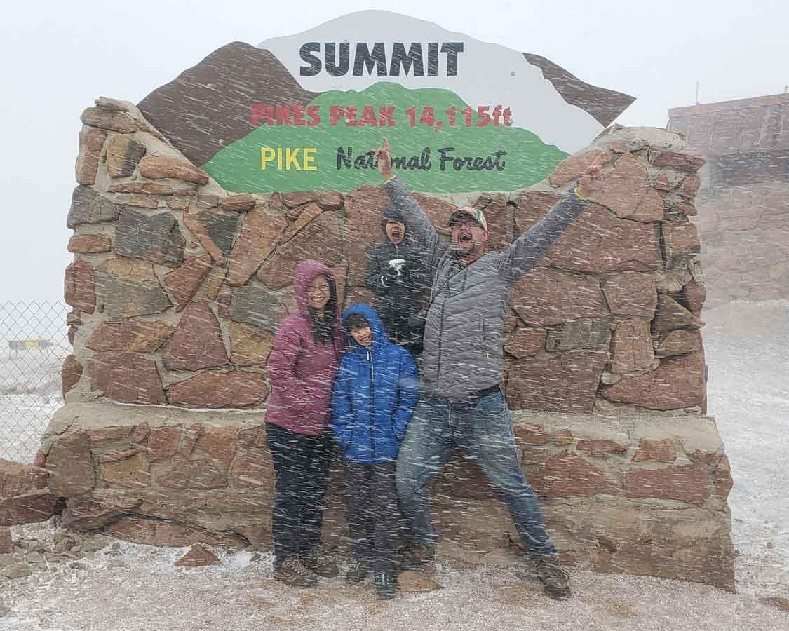 Wandering Wagars at the Pikes Peak Summit