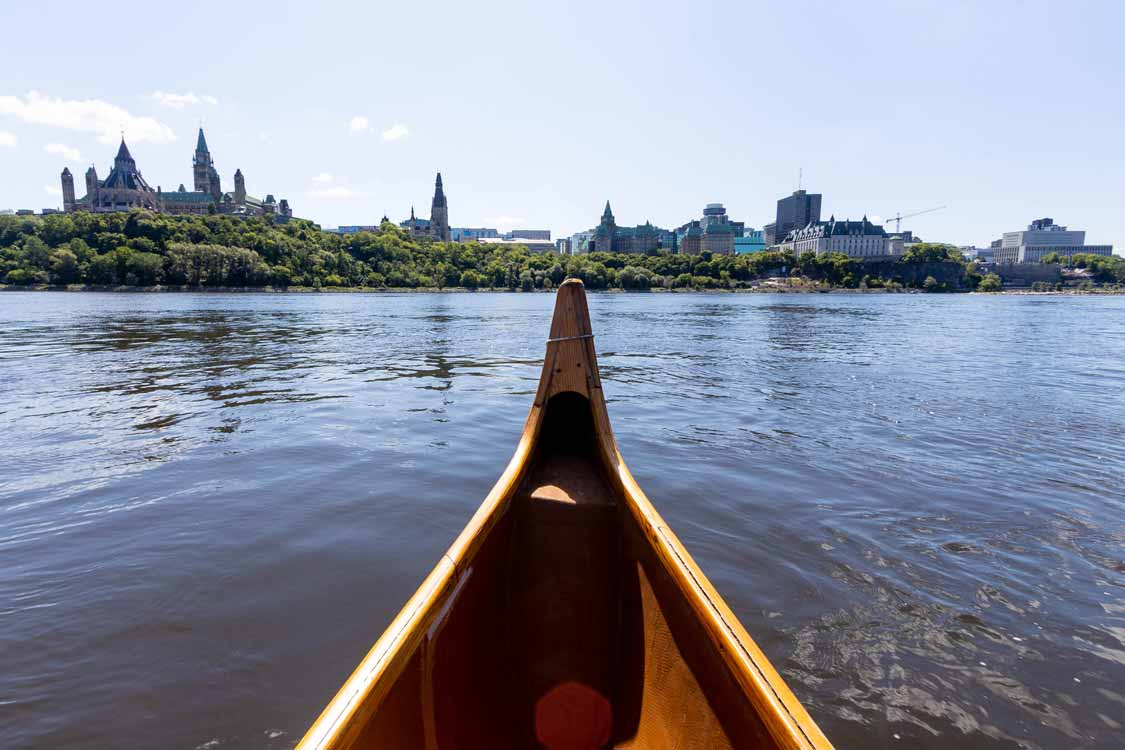 Voyageur Canoe Ride on the Ottawa River with Indigenous Experiences