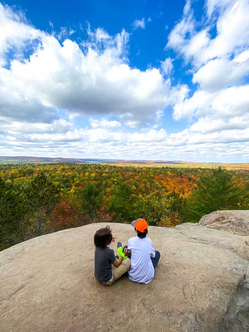 Fall views from Lookout Point in Algonquin Park
