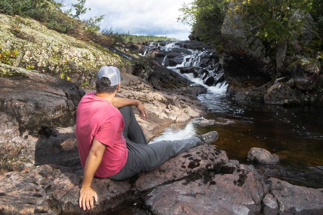 Waterfall trail at Rainbow Falls Provincial Park