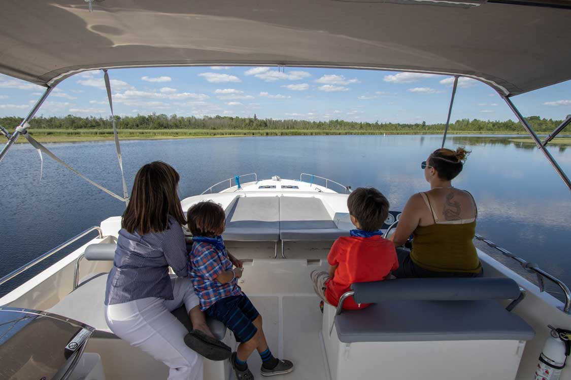 LeBoat cruise in Smiths Falls Ontario