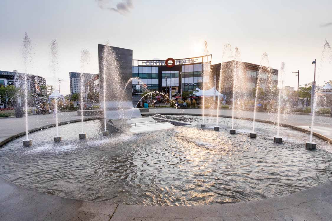 Centropolis Laval Entertainment Center