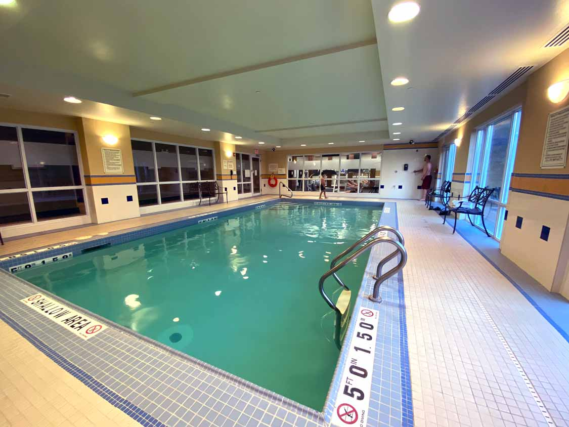 Pool at the Hampton Inn hotel in Sudbury, Ontario