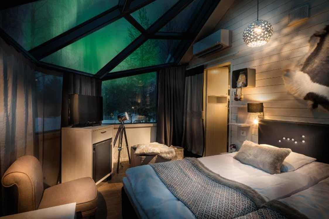 Santa's Igloos Arctic Circle Hotel in Rovaniemi